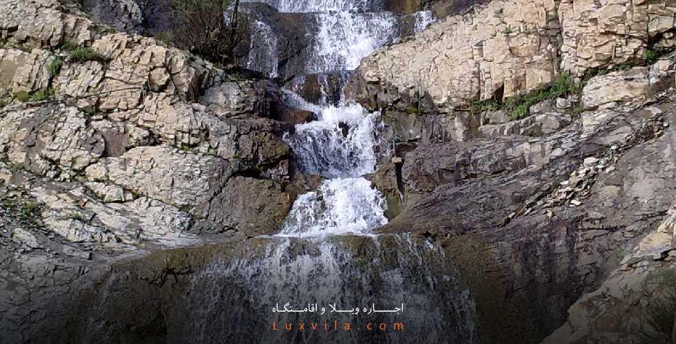 آبشار ده تنگه